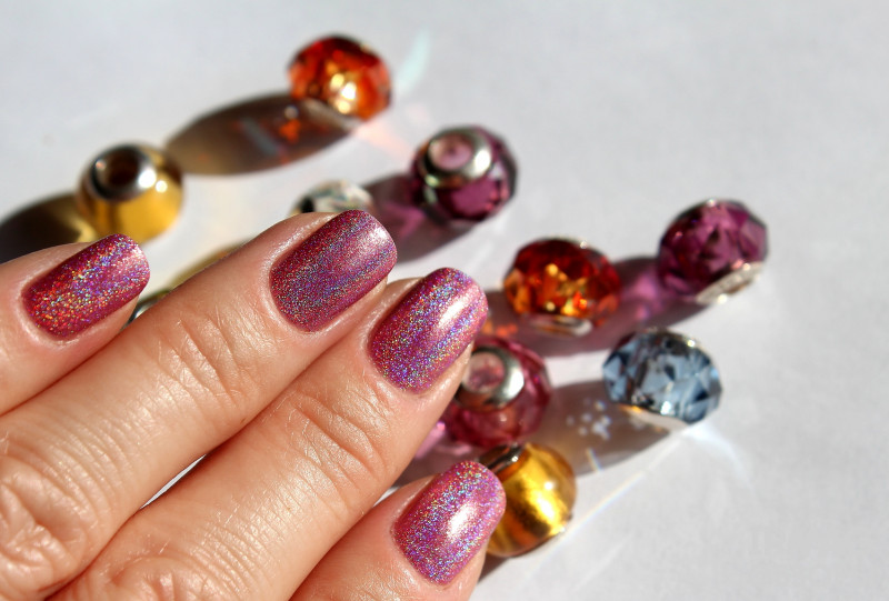 Лак для ногтей Golden Rose Holographic Nail Colour 04