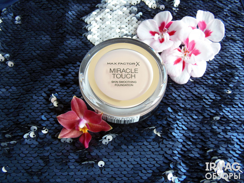 Тональный крем Max Factor Miracle Touch (11,5 г) - 040 Creamy ivory