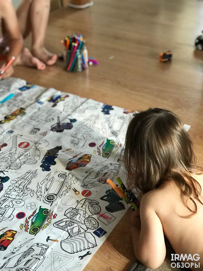 Обзор ароматизированной канцелярии для творчества Scentos и гигантской скатерти-раскраски