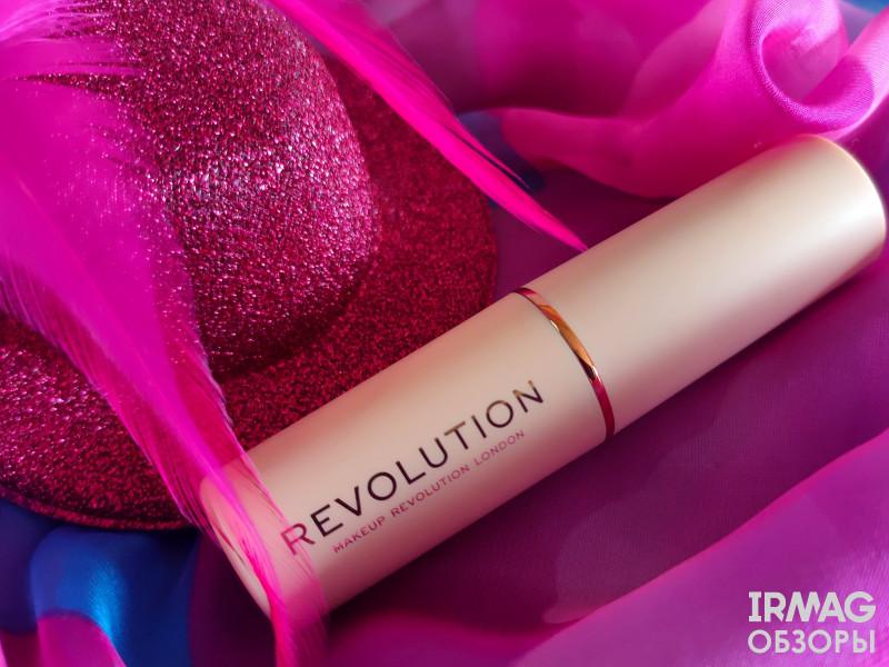 Тональная основа Makeup Revolution Fast Base Stick Foundation (6,2 г) - F4